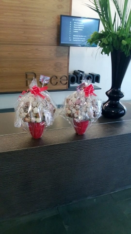We deliver Fresh Fruit Bouquets to Offices in and around London.