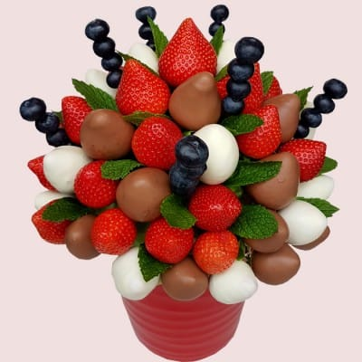 Chocolate Covered Strawberries Bouquet Uk